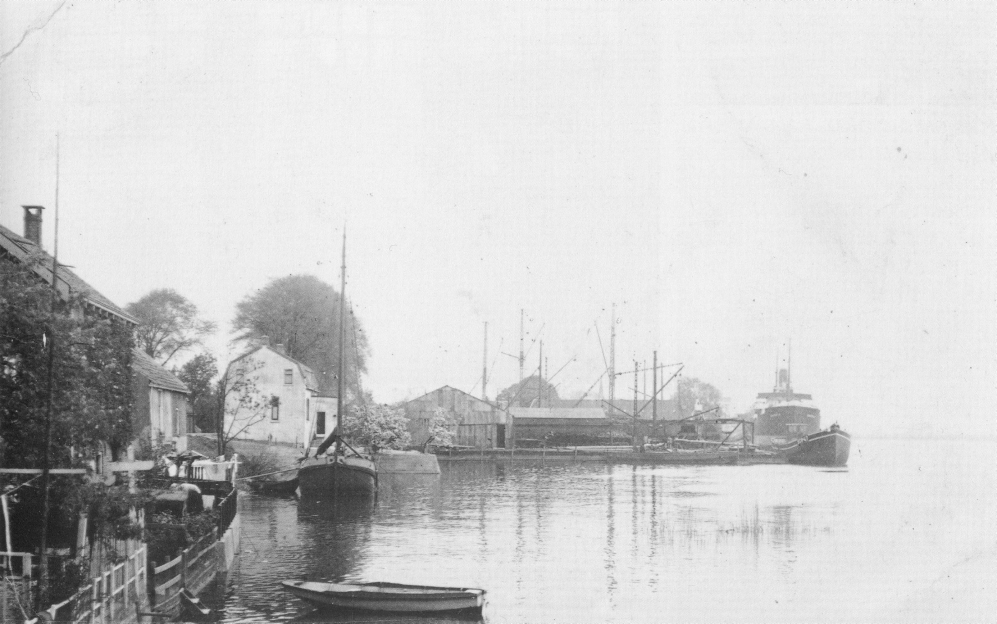 Image: Vuyk's shipyard in the early years (1900)